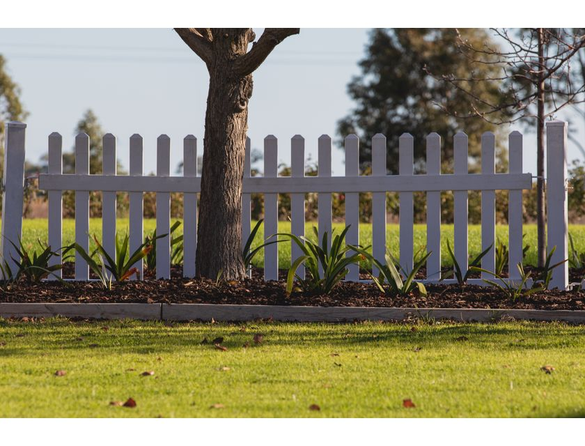 Picket Fence - 2.5m