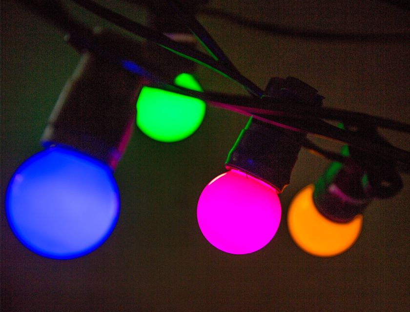 Festoon Strand - 16m - Coloured Globes
