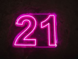 21 - Neon Sign - Hot Pink